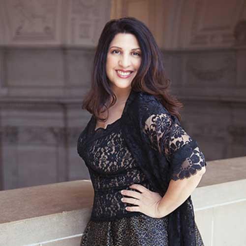 ArtSmart mentor Alexandra Mena