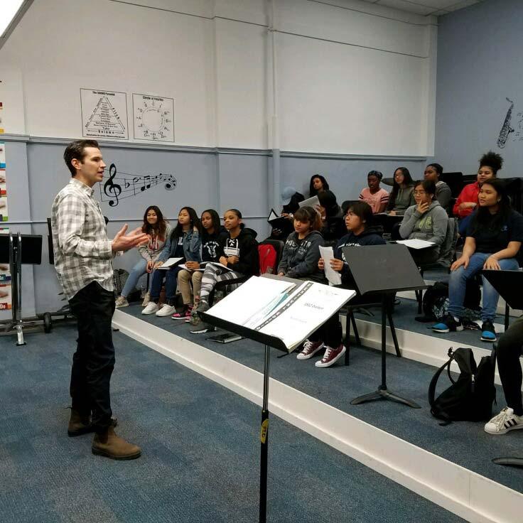 John Viscardi in ArtSmart classroom